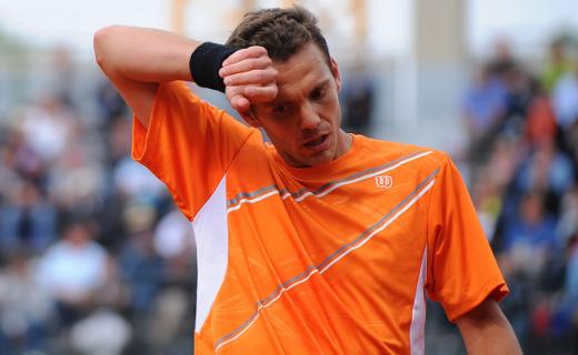 Les larmes de Paul-Henri Mathieu à Roland Garros