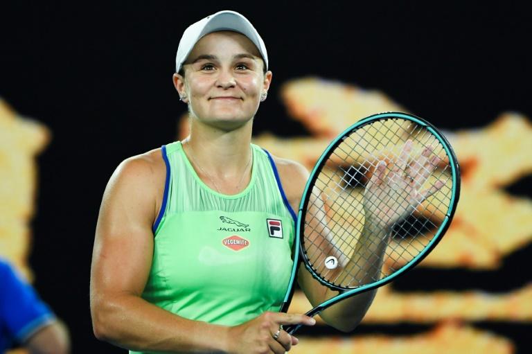 Open d'Australie: Barty et Djokovic en journée, Serena et Federer en soirée mercredi