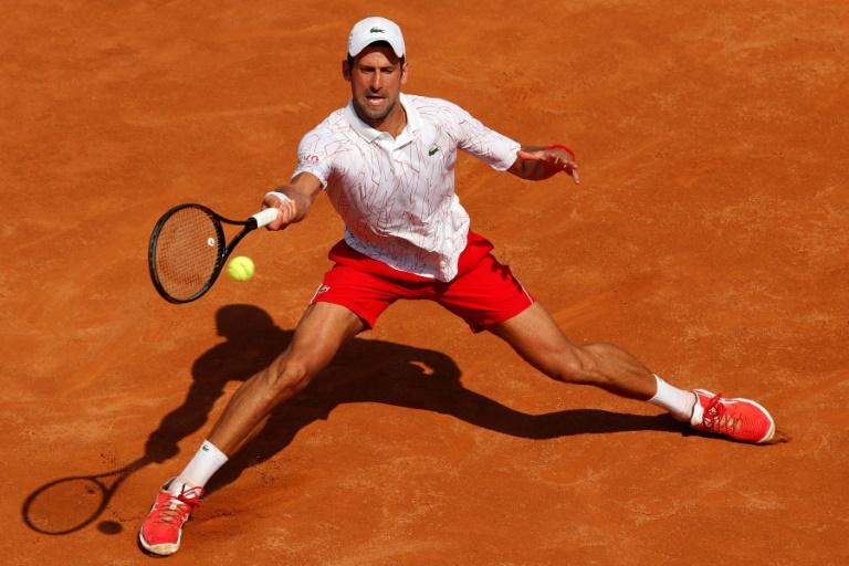 No drama as Djokovic sweeps through to Rome third round