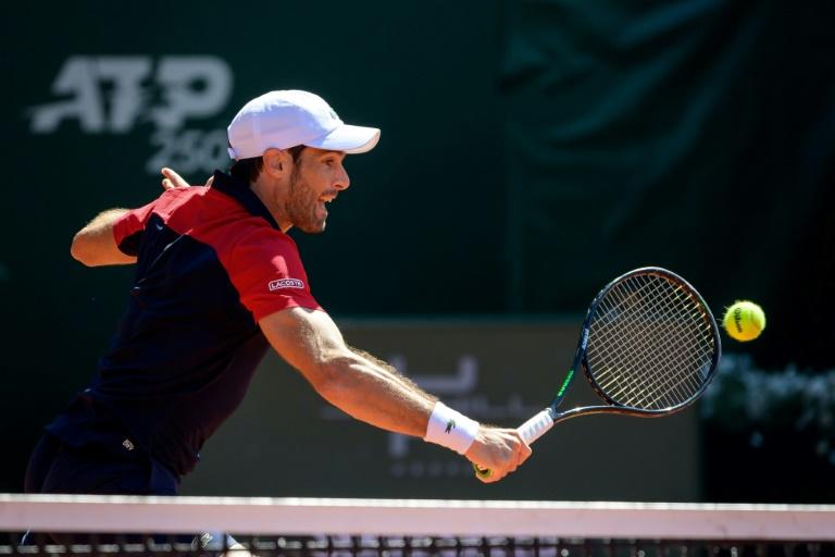 Federer's Geneva opponent Andujar understands his injury pain