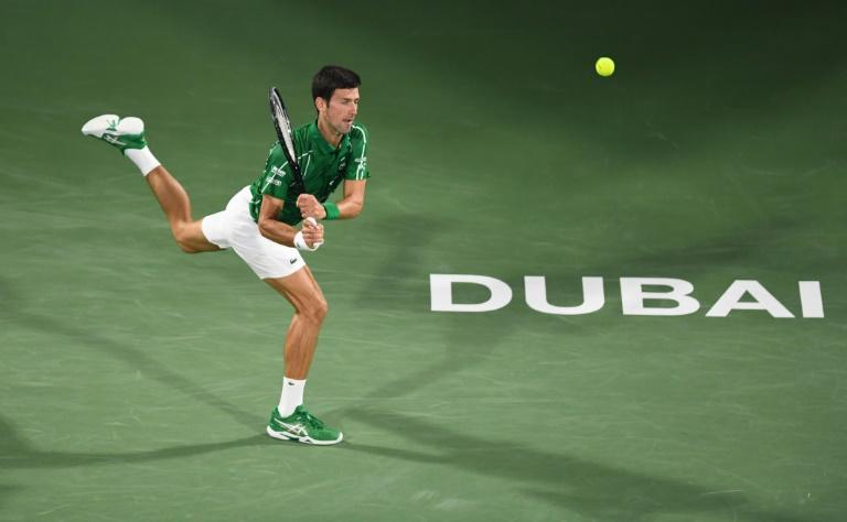 Djokovic en finale à Dubaï pour un cinquième titre