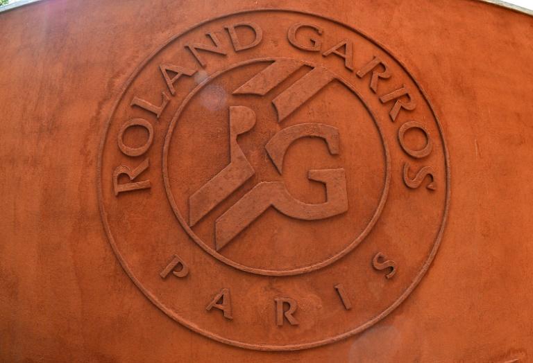 Roland-Garros balaie le spectre du huis clos