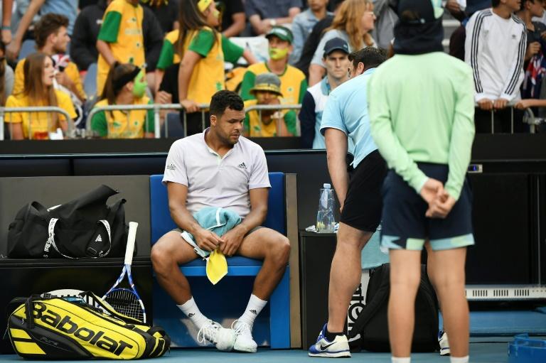 Open d'Australie: Jo-Wilfried Tsonga abandonne sur blessure au 1er tour
