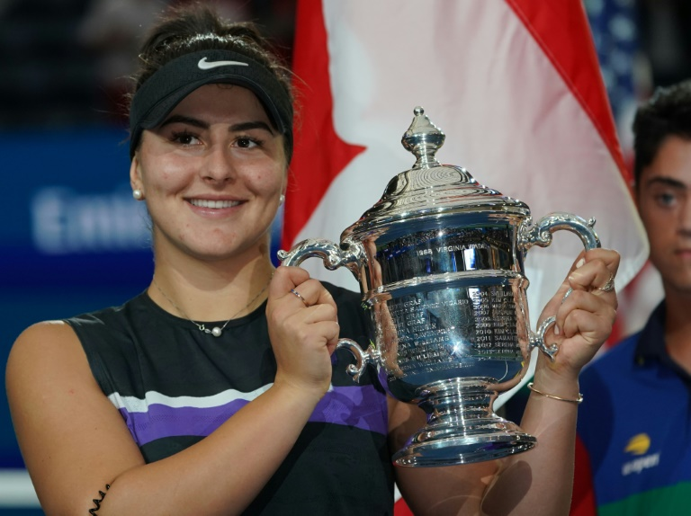 Teen Andreescu topples record-chasing Serena in US Open final