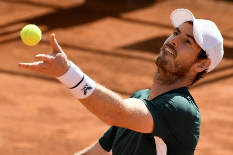 Murray downbeat on chances of return to top