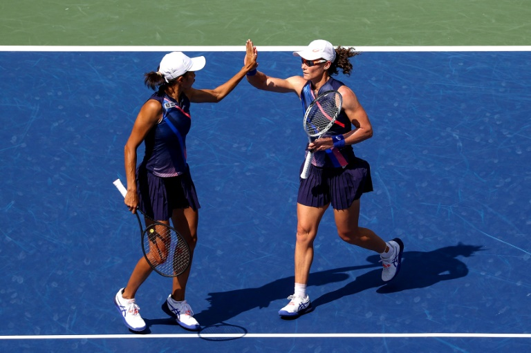 Aussie Stosur, China's Zhang win US Open women's doubles title