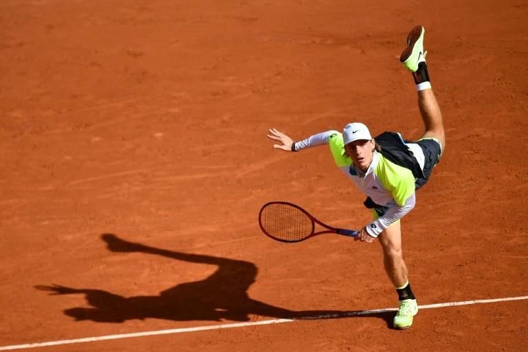 Roland-Garros: Shapovalov tombe au 2e tour après 5h de combat