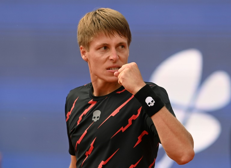 Top seed Zverev crashes out in Munich to world 107 Ivashka