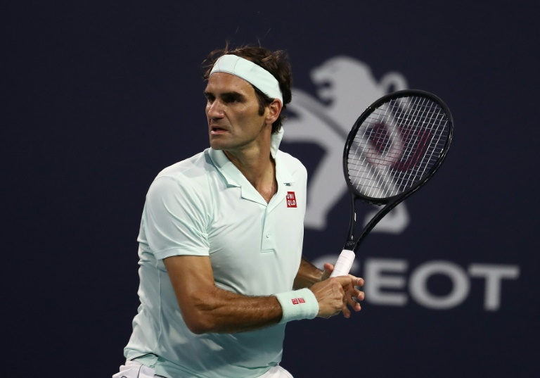 Federer donates $1 million to vulnerable Swiss in virus crisis