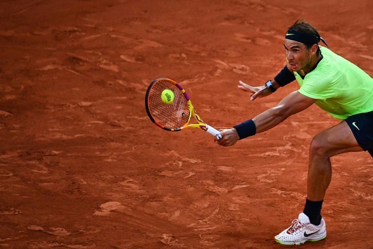 Roland-Garros: coup d'arrêt ou coup de grâce pour Nadal ?